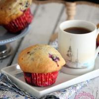 Böğürtlen, Ahududu ve Yaban Mersinli Muffinler - Very Berry Muffins - Videolu Tarif